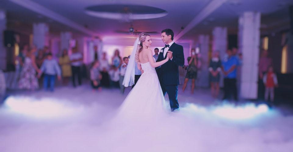 Dancing-on-clouds-hochzeit-dj-www.hochzeit.ch_-961x500